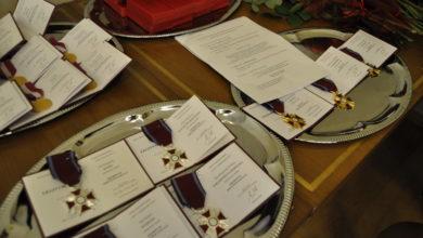 Photo of Posypały się medale i odznaczenia dla pracowników UZ