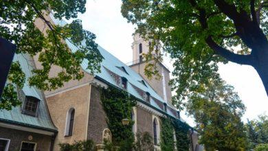 Photo of Polacy coraz rzadziej chodzą do kościoła i do komunii. Jak wypadają lubuszanie?
