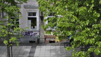 Photo of Bazgroły kontra nowe prawo. Kto wygra walkę o budynki?