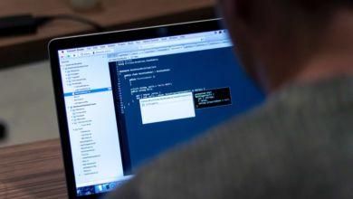 """Photo of Jak dostać pracę programisty? Można dzięki """"grze w życie""""!"""
