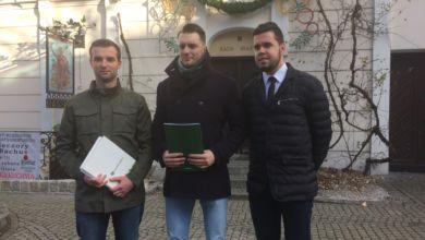 """Photo of Projekt zmian w kodeksie wyborczym. Radni: """"to upartyjnienie samorządów"""""""