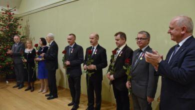 Photo of Wojewoda odznaczył pracowników Uniwersytetu Zielonogórskiego