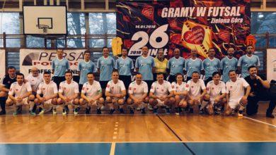 """Photo of Szcześniak strzelał """"piętką"""", ale AZS wygrywa mecz charytatywny! [26. finał WOŚP]"""