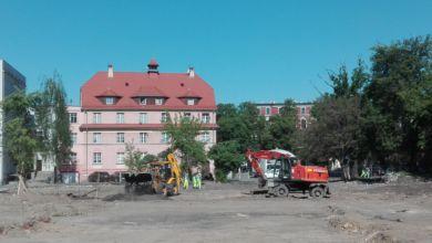 Photo of Plac Teatralny wciąż w budowie. Zamknięcia ruchu jeszcze nie będzie