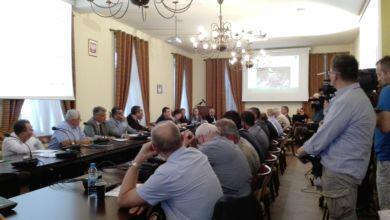 Photo of Głos radnych w sprawie miejskich spółek: sprawdzi je Komisja Rewizyjna