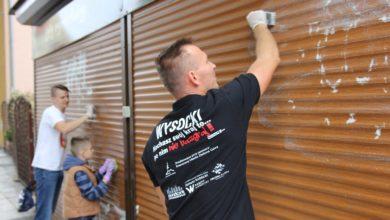 Photo of Żużlowcy dają dobry przykład. W piątek zamalują graffiti