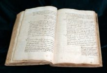Photo of Jak powstawały średniowieczne księgi? Lekcje kaligrafii w Muzeum Ziemi Lubuskiej [FERIE 2020]