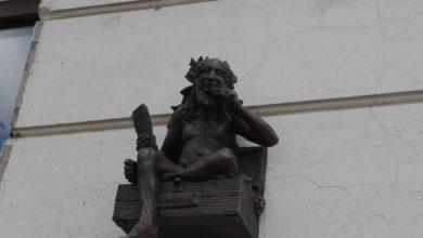 """Photo of Oszczędny bachusik """"przysiadł"""" przy ulicy Jedności"""