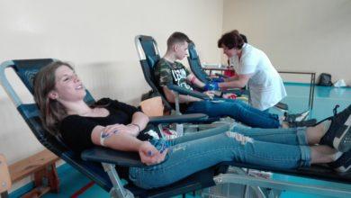 Photo of W żyłach studentów płynie… chęć pomagania! Podzielili się krwią na Vampiriadzie