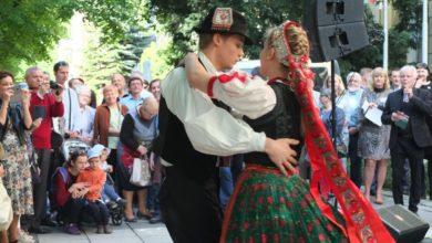Photo of Smaki z węgierskiego kotła, taniec i… gimnastyka języka. Wspomnienie węgierskiej nocy w muzeum [Audycja Ekspozycje]
