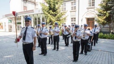 Photo of Policyjna orkiestra otworzyła wystawę na 100-lecie