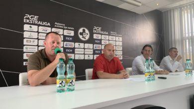 Photo of Jak na Falubaz, to tylko na żużel. W futbolu ponownie Lechia!