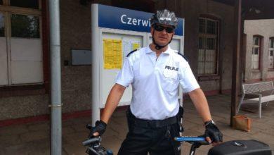 Photo of Dzielnicowy patroluje rejon na… rowerze!