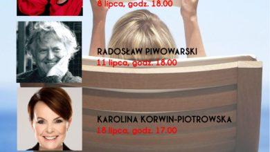 """Photo of Zanussi, Korwin-Piotrowska, Piwowarski, Krzywonos-Strycharska. Gwiazdy """"Z książką na leżaku"""""""