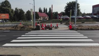 Photo of Powstaje sygnalizacja niedaleko nowej szkoły. Będzie również kamera