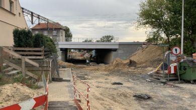 Photo of Jak przebiegają prace na Batorego? Kiedy pod wiaduktem przejdziemy, a kiedy pojedziemy?