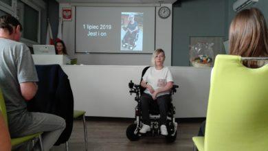 """Photo of Cały """"Ekolog"""" zbierał na wózek dla Klaudii. Dzięki niemu znów osiąga sukcesy!"""