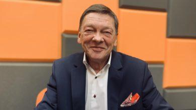 Photo of Historyk, filozof, socjolog – człowiek renesansu! Prof. Hładkiewicz świętuje jubileusz
