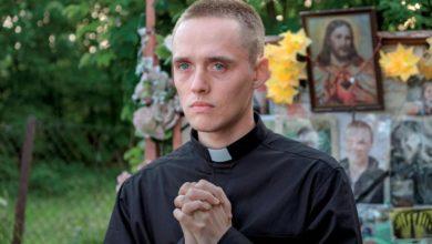 """Photo of """"Boże Ciało"""" – takiego Kościoła chcemy [FILMOPOLIS]"""