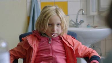 """Photo of """"Błąd systemu"""" – film wielopoziomowy, dający do myślenia [FILMOPOLIS]"""