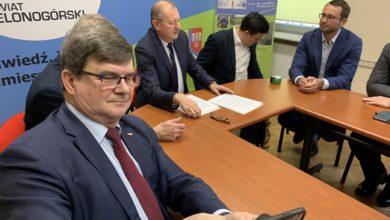 Photo of MMS do premiera, bo umowa na remont mostu w Cigacicach podpisana