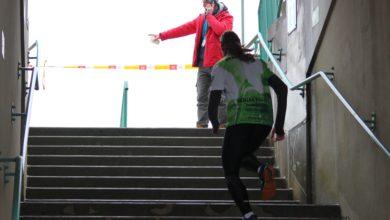 Photo of Po schodach, wokół stadionu i z… piwem? Bieganie niejedno ma imię! [ZDJĘCIA]