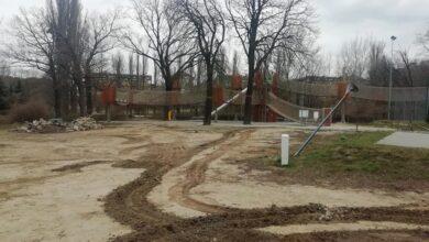 Photo of Wandale zniszczyli park linowy. Koszt naprawy może pokryć miejska polisa