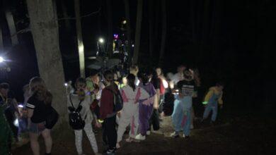 Photo of W kapciach i szlafroku… na Wzgórza Piastowskie. Za nami spacer piżamowców!