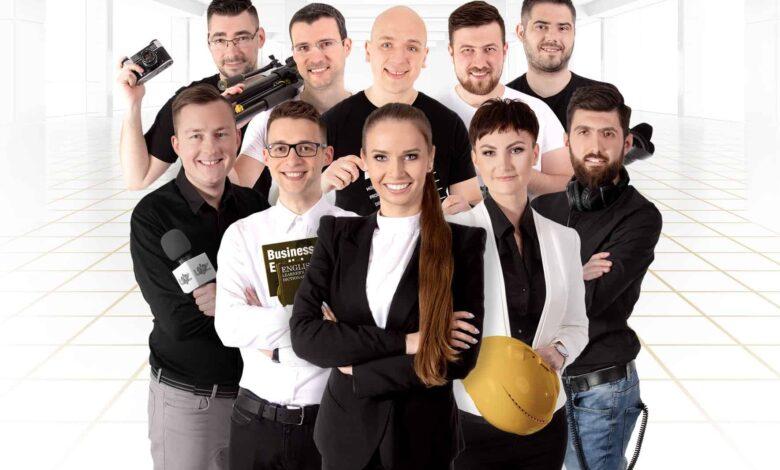Photo of Nie modele z agencji, ale prawdziwi absolwenci uczelni. Poznaj twarze kampanii UZ!