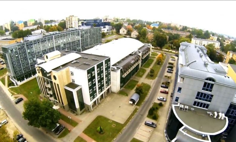 Photo of Wirtualny spacer po kampusach, aplikacja dla studentów i sylwetki absolwentów. UZ zaprasza do studiowania
